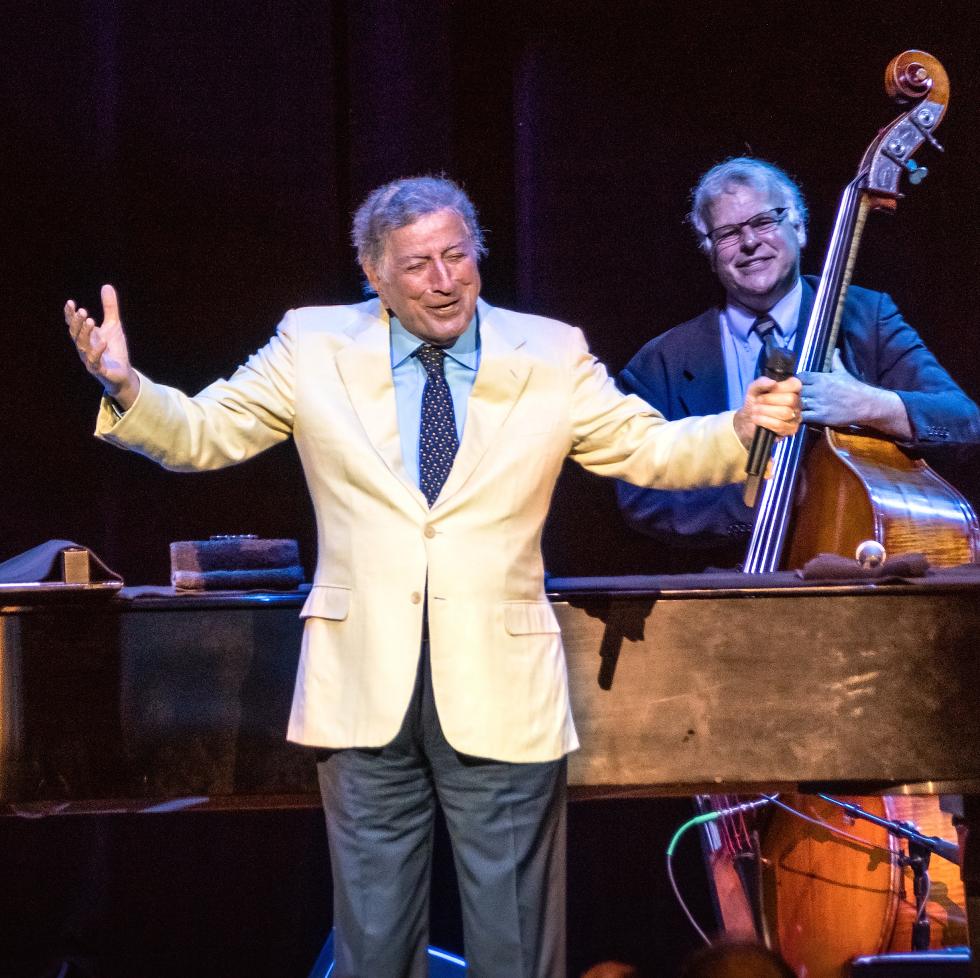 Houston, Tony Bennett live at Smart Financial Center, March 2017, Tony Bennett onstage