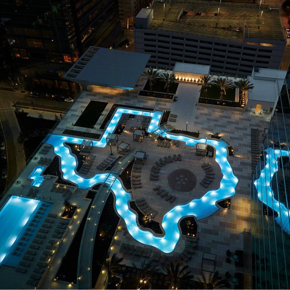 Marriott Marquis Texas-shaped pool