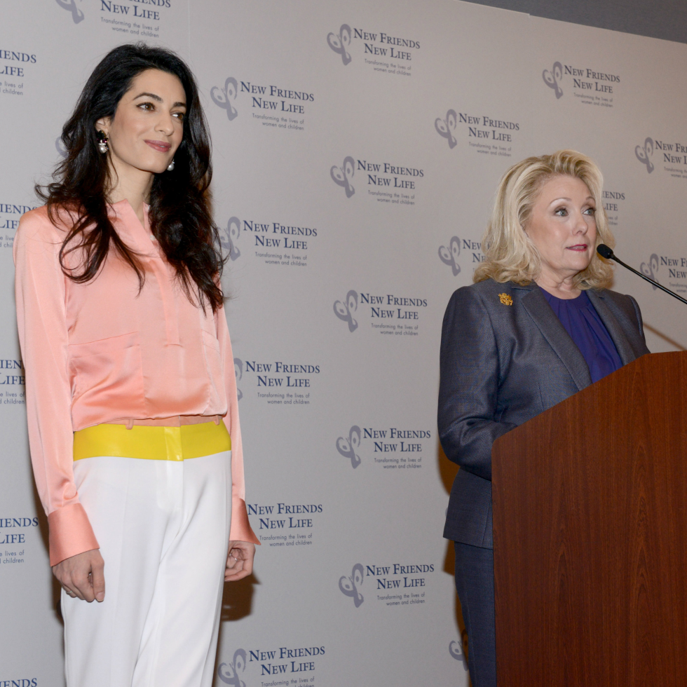 Amal Clooney, Jeanne Phillips