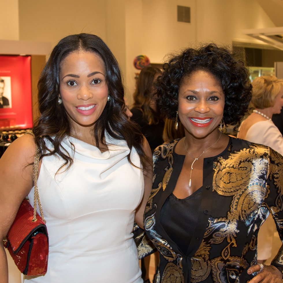 Jessica Johnson, Michelle Newsome
