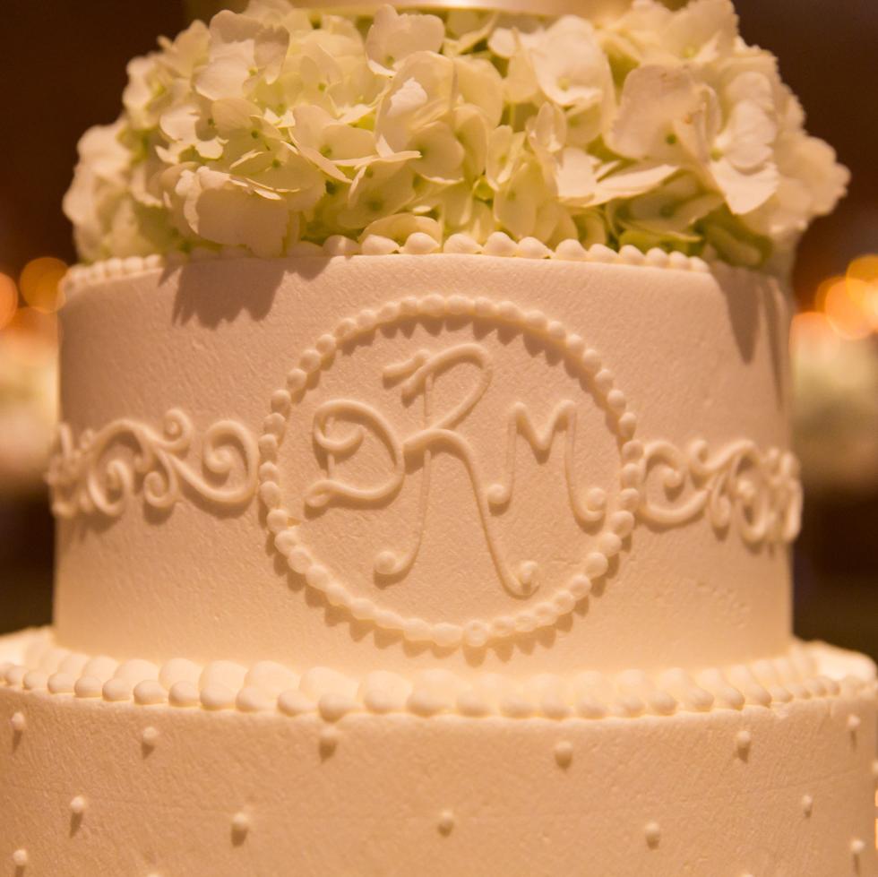 Dee Wallander, Cake