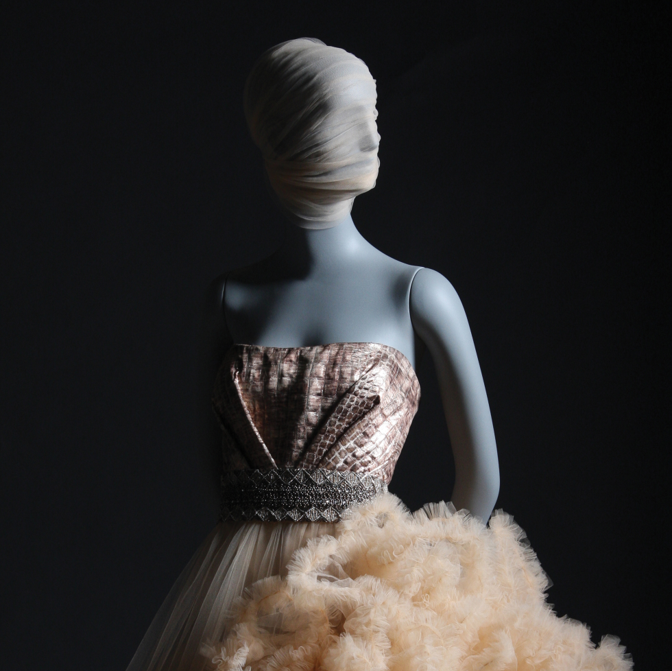 Christian Siriano book, Dresses To Dream About