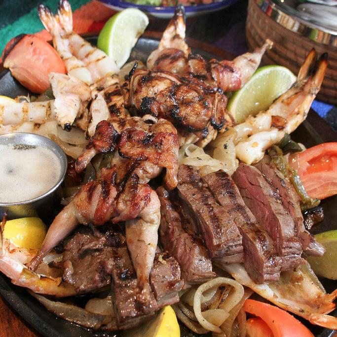 News_Pico's Mex Mex Restaurant_fajitas