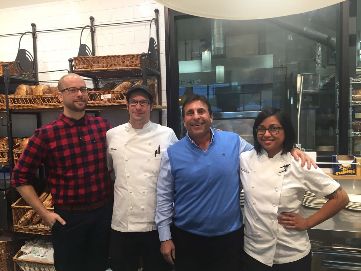 Houston Restaurant King Buys H Town S Best Bakery With