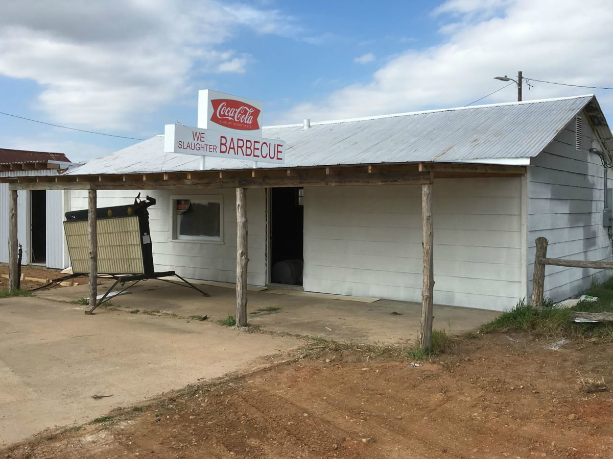 New Bbq Joint And Resort Exploits Texas Chain Saw Massacre