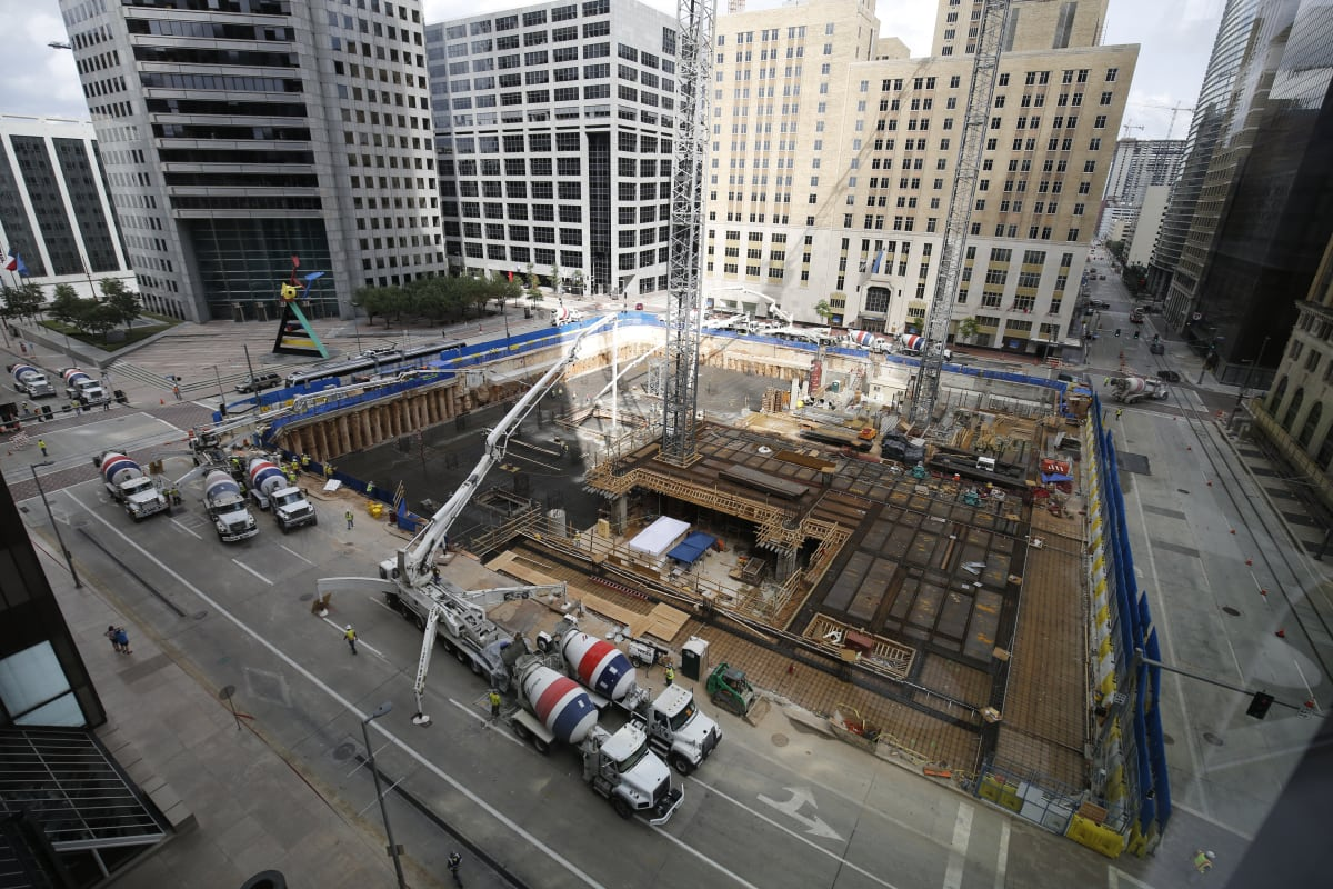 Foundation Poured For Downtown Skyscraper But It S Not