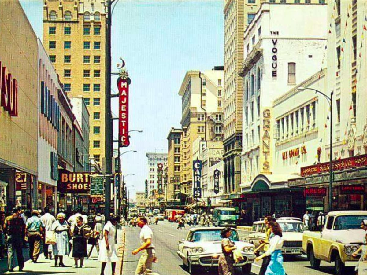 Travel Back To The 1950s At These Iconic San Antonio Spots
