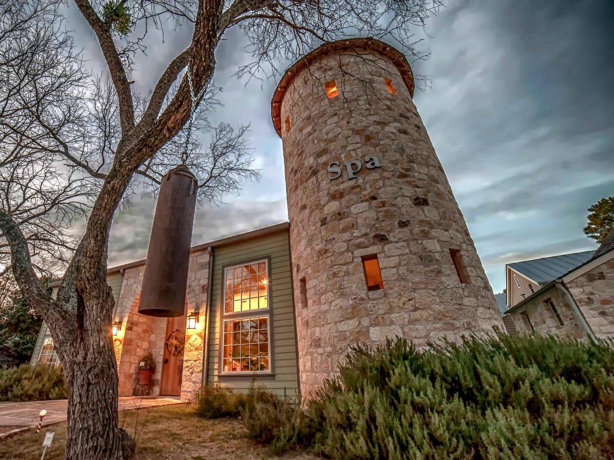 What Romantic Getaways Should You Consider: 5 Hill Country Getaways That Prove Paradise Is Closer Than