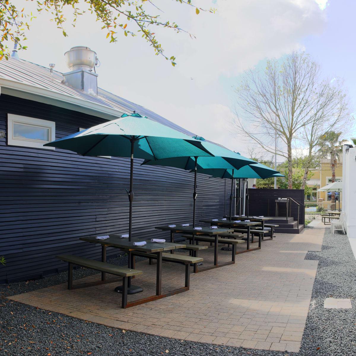 Oak Park Restaurants Outdoor Seating