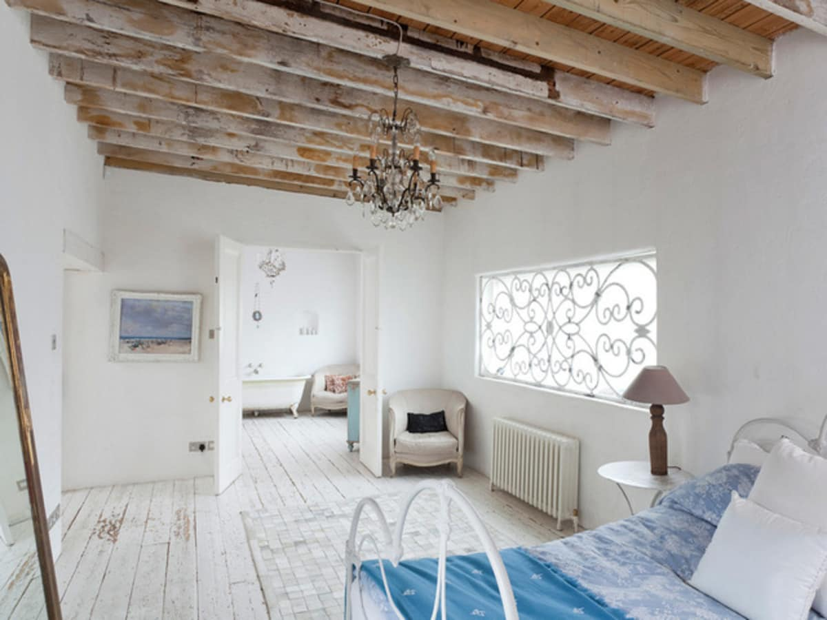 6 Decorating Tips To A Create A Modern-rustic Bedroom