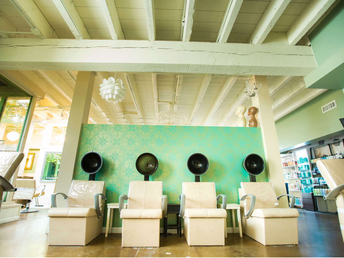 B Styled Hair Salon: The Best Hair Salons In Austin For Stellar Cuts, Color