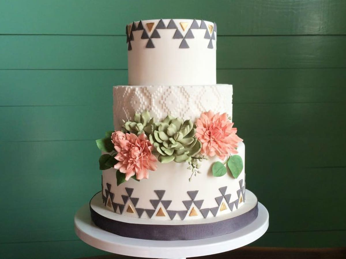 best wedding cake south austin s best cake shops for beautifully decorated 11667
