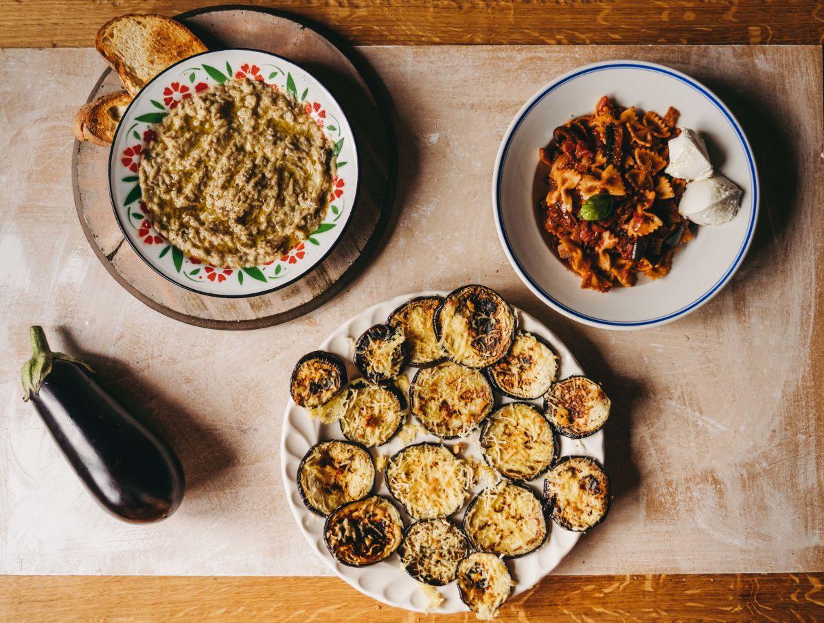 Trije slastni in preprosti recepti za pripravo jedi iz melancanov.