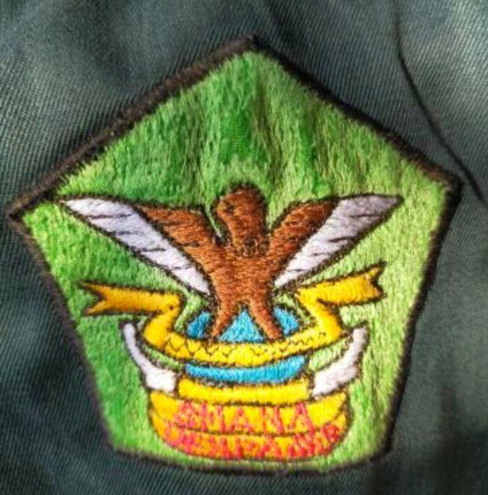 logo burung emprit