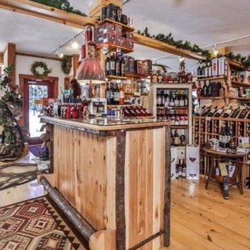 Alder Lake Cranberry Gift Shop 8