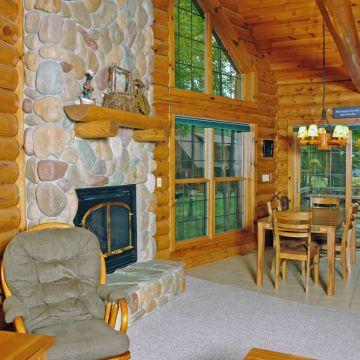 Four-Bedroom Log Cabin 3