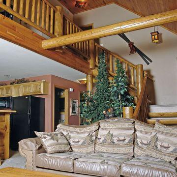 Four-Bedroom Log Cabin 4