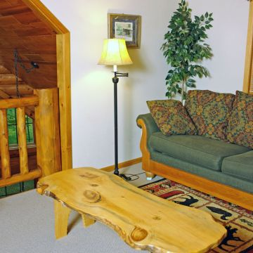 Four-Bedroom Log Cabin 10