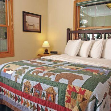 Four-Bedroom Log Cabin 11