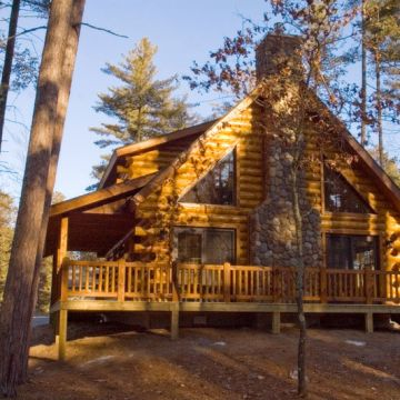 Two-Bedroom Log Cabin 6