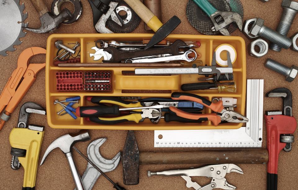 rentredi latchel integration image of toolbox and tools