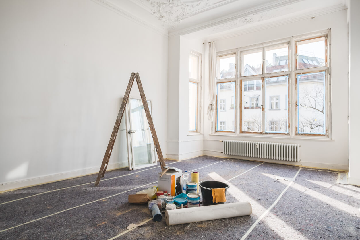 rental inspection checklist for landlords hero image - renovation concept - room in old building during restoration