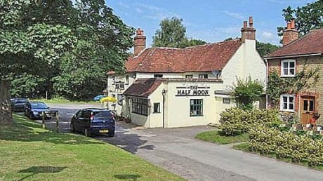 Half Moon Petersfield Road Midhurst West Sussex GU29 9LL