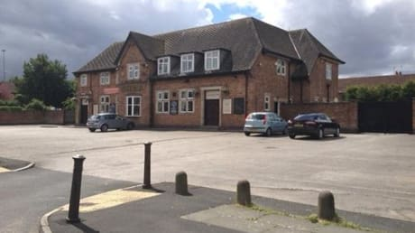 Roby Hotel 104 Greystone Road Broadgreen Liverpool L14 6UH
