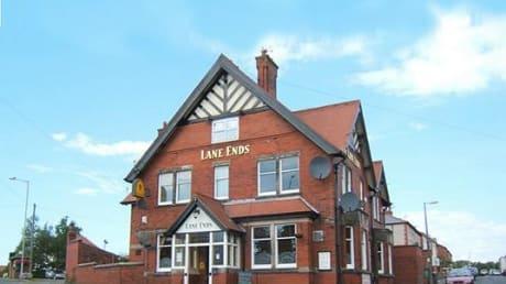 Lane Ends Hotel Weeton Road Wesham Kirkham PR4 3DH