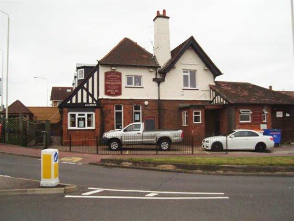 Harrow Pub