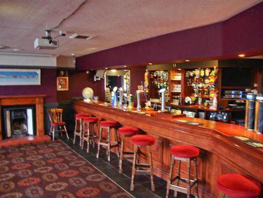 Mauldeth Hotel Pub