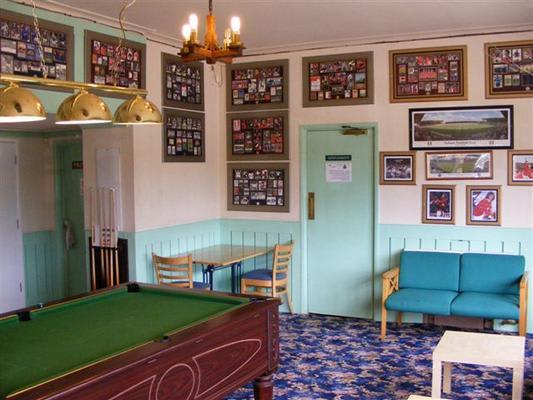 Pelham Buckle Pub