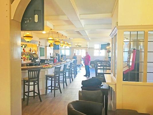 Royal Standard Pub