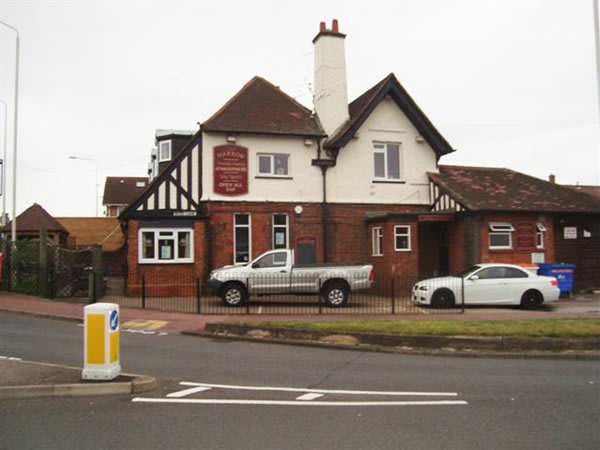 Harrow Pub