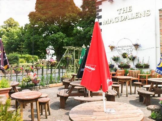 Magdalens Pub