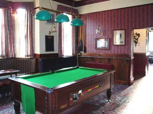 Lane Ends Hotel Pub