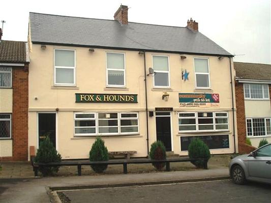 Fox & Hounds Pub