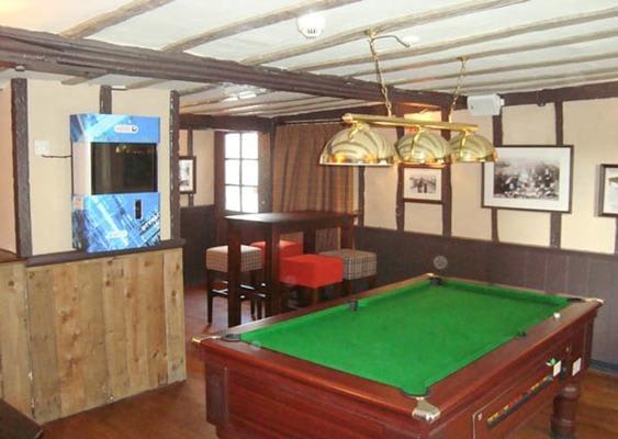 Bridge House Pub