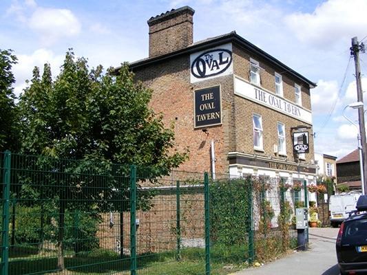 Oval Tavern Pub