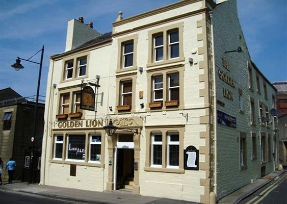 Golden Lion Hotel Pub