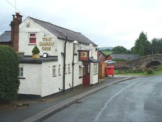 Shady Oak Pub