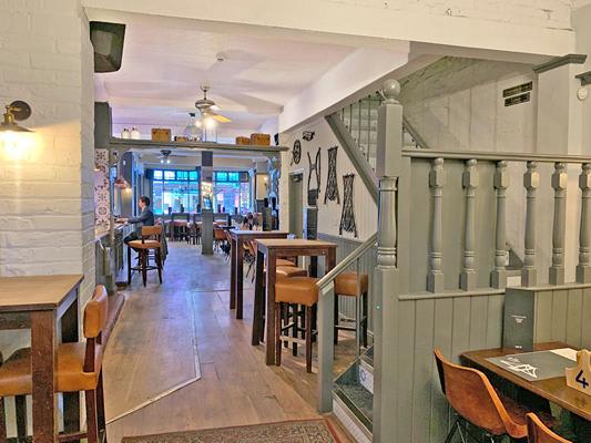 Bridge Pub