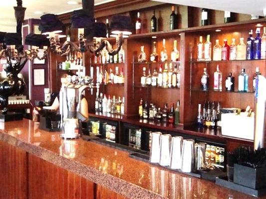 Portland Bar & Grill Pub
