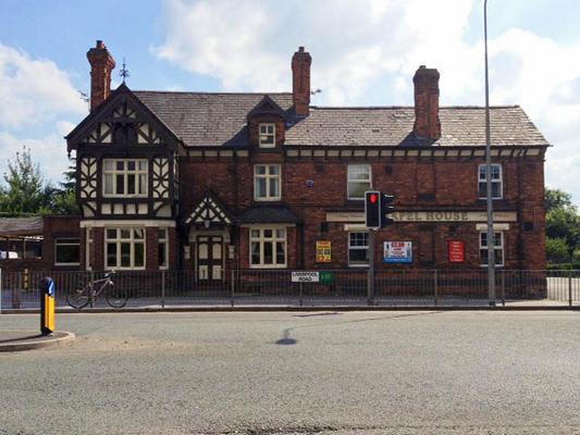 Chapel House Hotel Pub