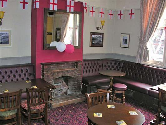 Top House Pub