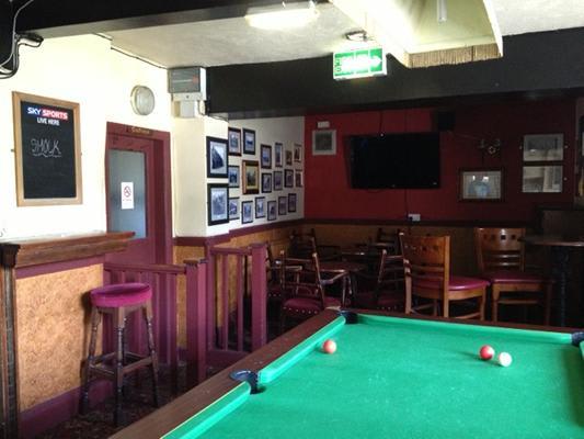 Golden Lion Hotel Pub