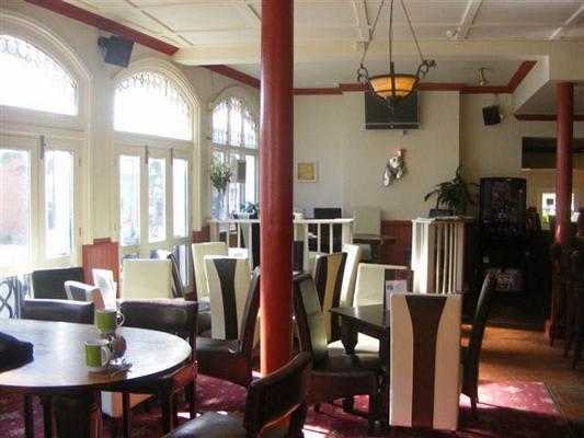 Junction Pub