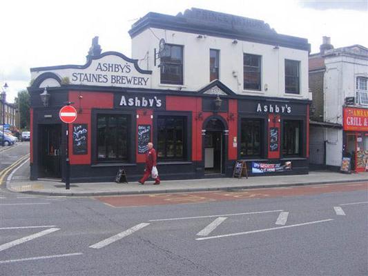 Prince Arthur Pub