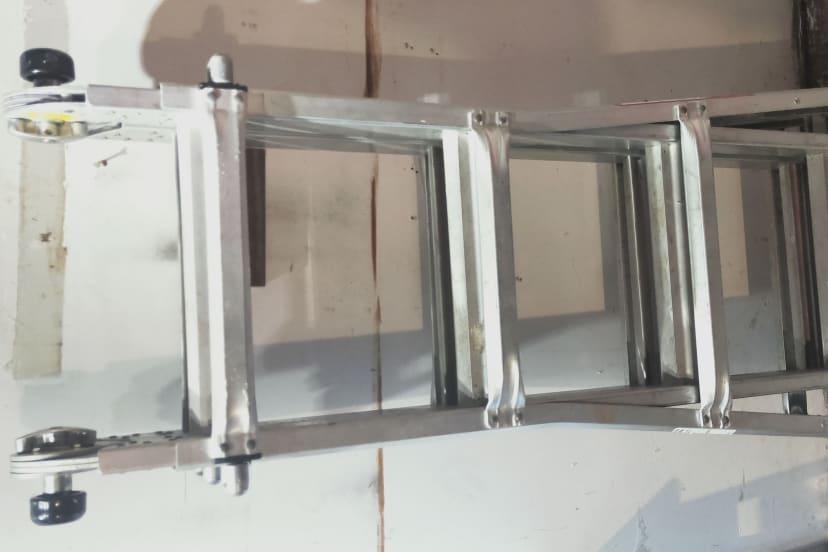 Multi purpose adjustable ladder