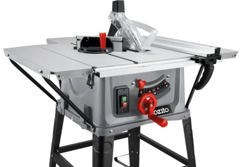 Ozito 254mm 2000W Table Saw